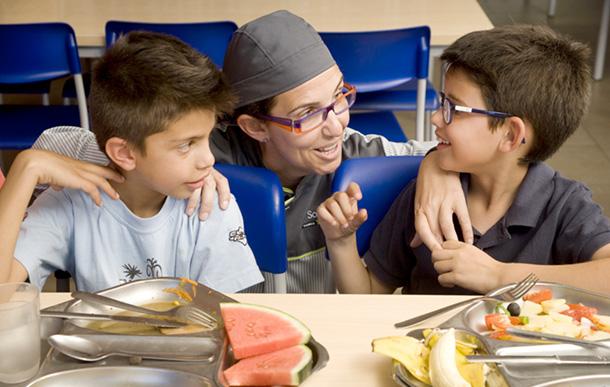 Compass group contigo actualidad del mes de septiembre - Comedores escolares barcelona ...
